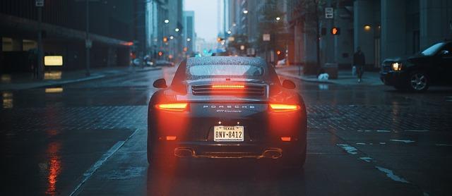 světla Porsche